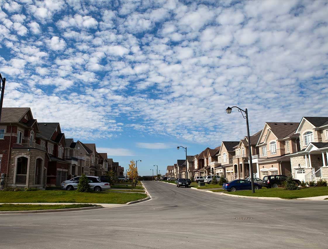 the housing bubble on the market of ontario That pretty much describes current policy-thinking across much of the canadian economy, but nowhere more so than around the housing bubble that is allegedly ballooning out of what these two policy schemes highlight is that nobody has much of a clue about how to cool off a hot housing market.